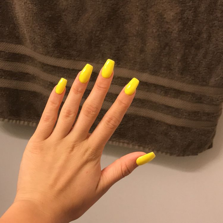 Yellow Mattte Coffin Acrylic Nails Acrylicnailsmatte Acrylic Nails Yellow Acrylic Nails Coffin Coffin Nails Designs