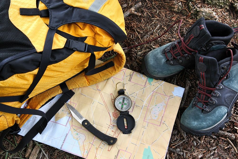 The 10 Essential Items for Hiking and Camping Car