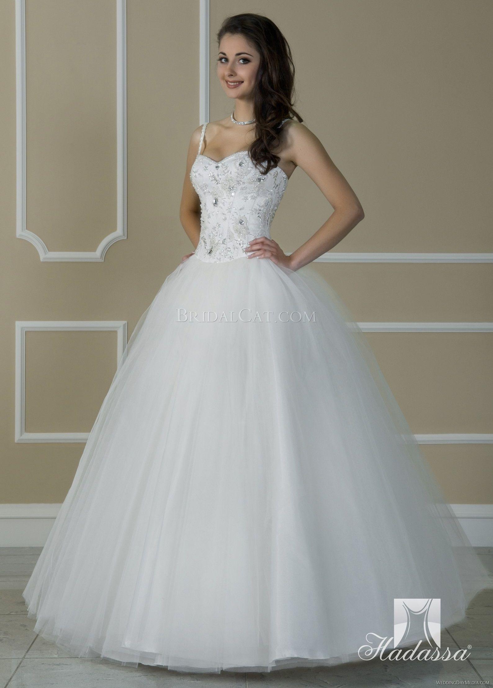 Snow White Wedding Dress By Hadassa Wedding Dresses Disney Princess Wedding Dresses Dresses [ 2217 x 1589 Pixel ]