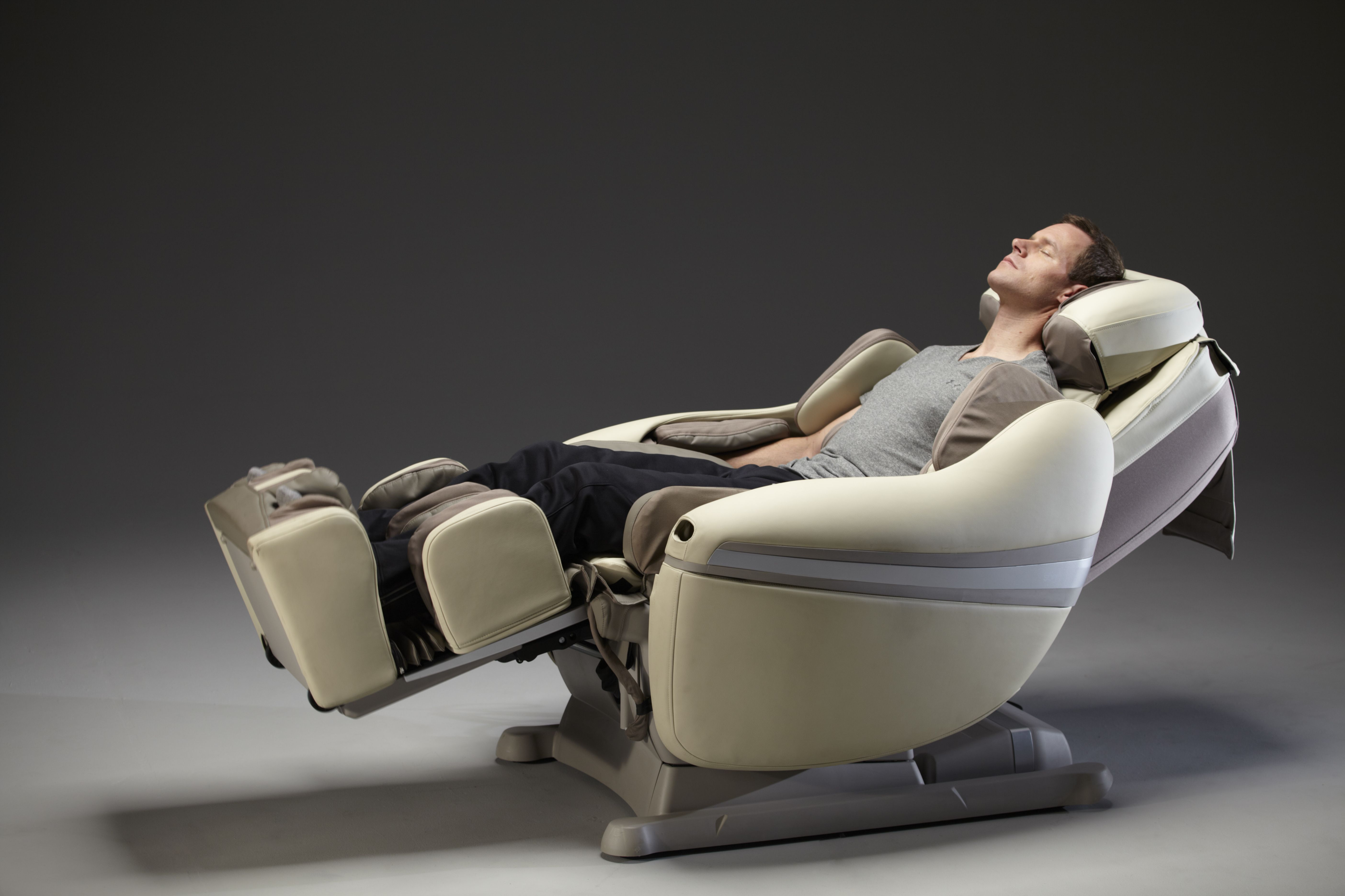 Inada DreamWave Massage Chair. Up to 170 degrees of