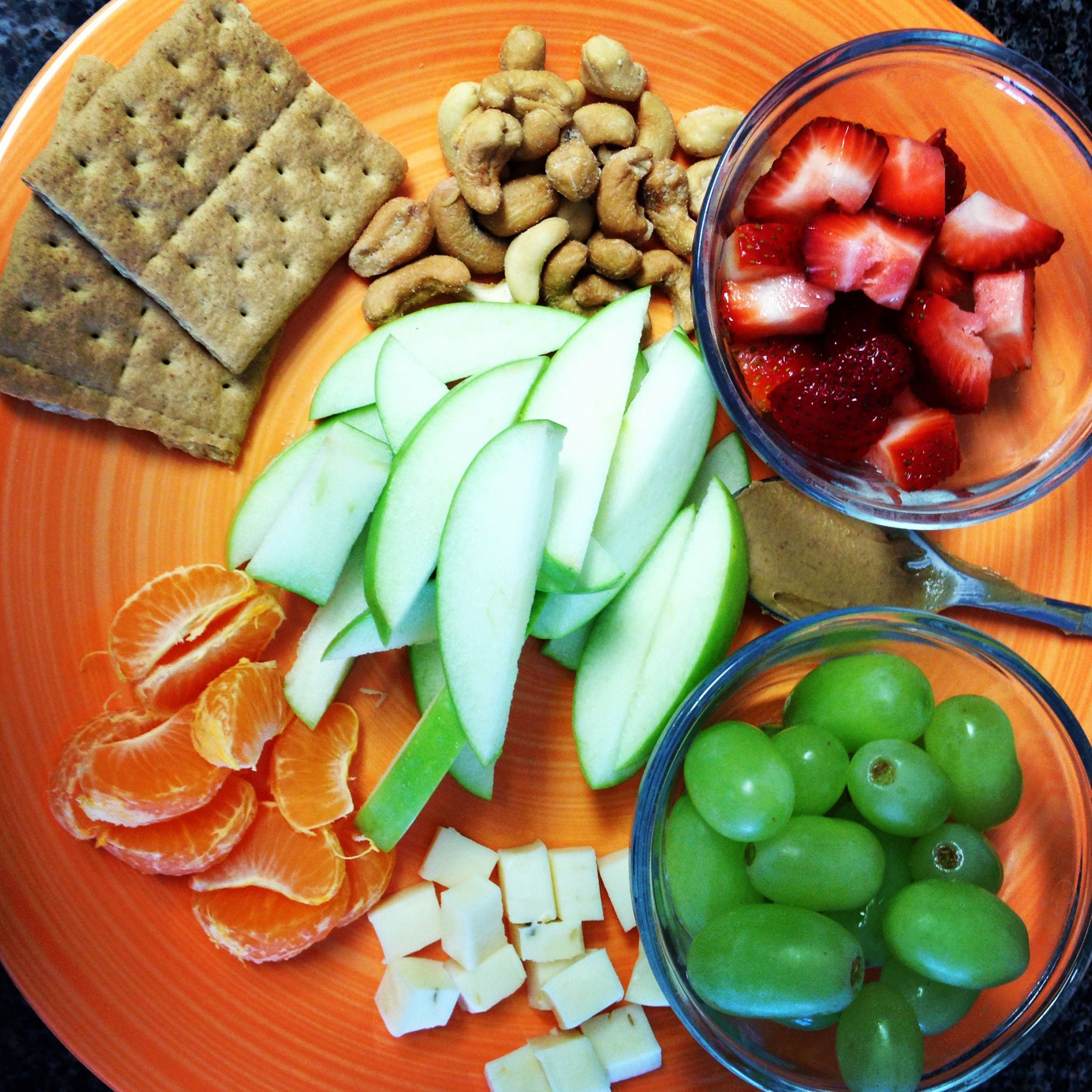Healthy Eating and Clean Lunch-Perfect for the Office or days that a sandwich just isn't cutting it. Add some veggies in it too and make it a party! Yum!