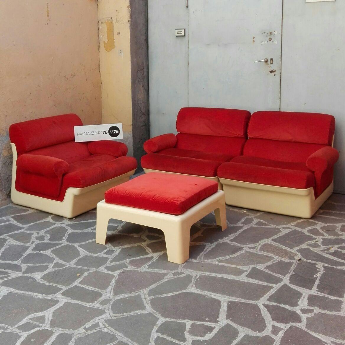 Divano modulare a due posti e poltrona chaise longue anni