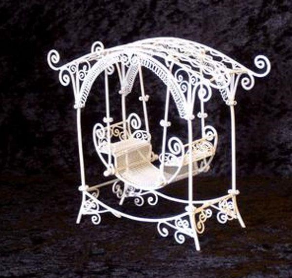 Gartenschaukel Metall Weiss Puppenhaus Möbel Miniaturen 1:12