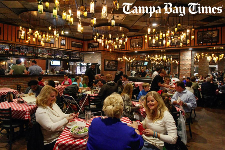 Photo By Daniel Wallace Times The Chandeliers In New Grimaldi S Pizzeria At Westfield Citrus Park Mall Are Made From Reclaimed Wine Bottles