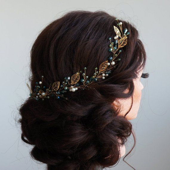 Bridal Hair Vine- Wedding hair vine- Gold leaf hair vine -Long hair vine- Emerald hair vine-Bohemian bridal headpiece-Hair vine for bride