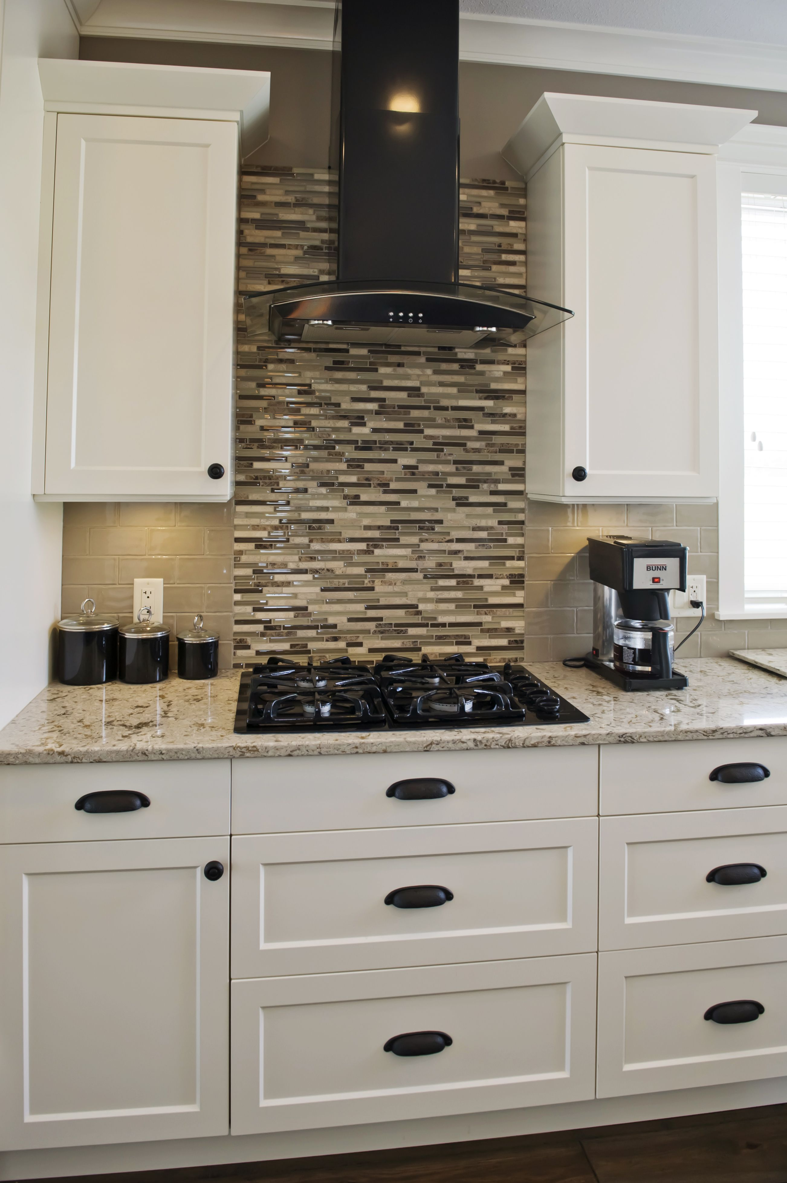 Starline Custom Kitchen Cabinets Are Designed To Turn Your Dream Into  Reality. Our Highly Skilled Team Of Custom Cabinet Manufacturers And  Installers Can ...