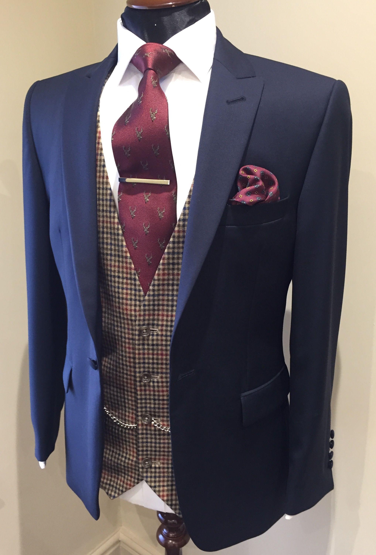 Brown/Burgundy Country Tweed Waistcoat Wedding suits men