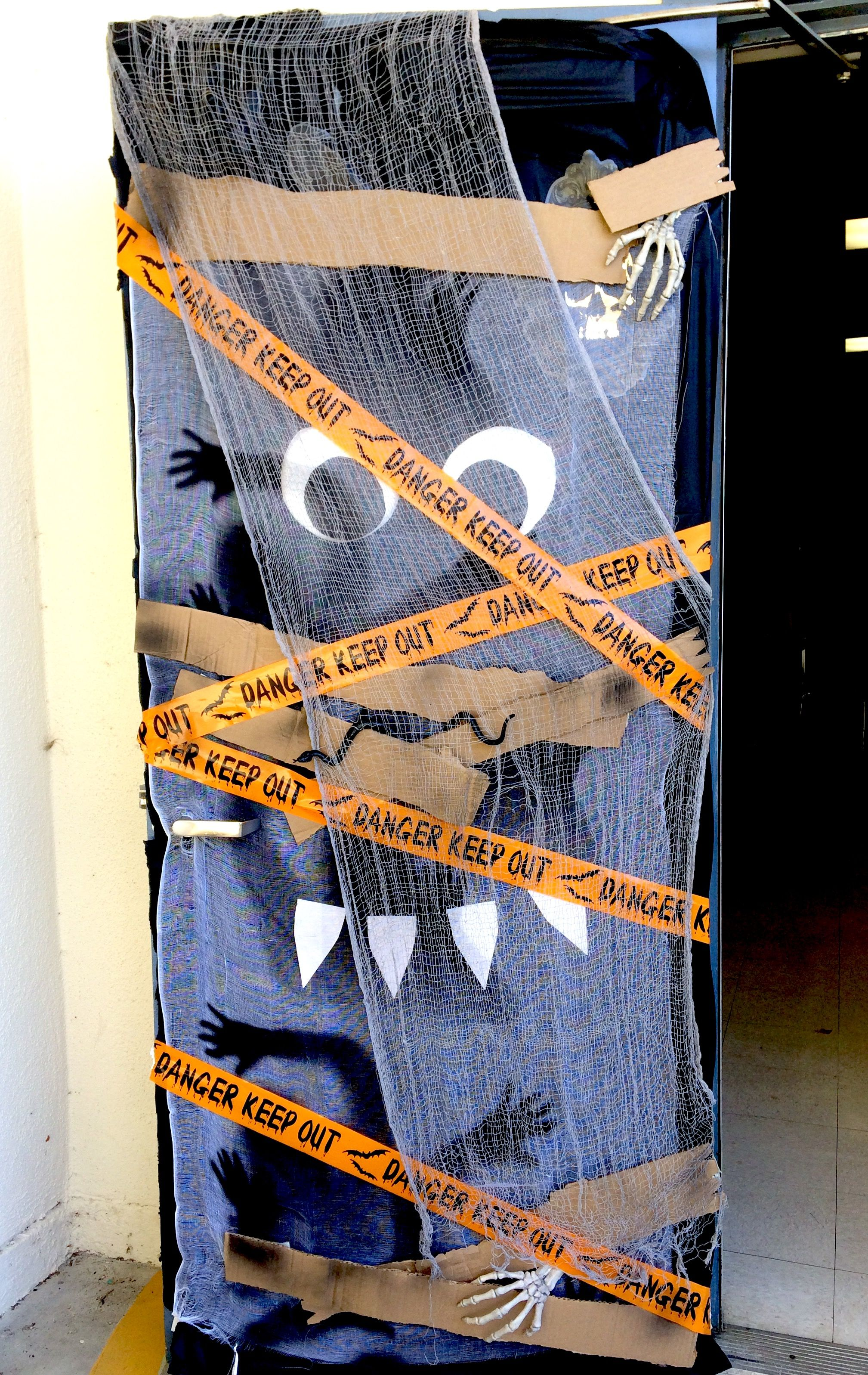 Halloween door decoration - school or home xo Thanksgiving and - Halloween Door Decorations