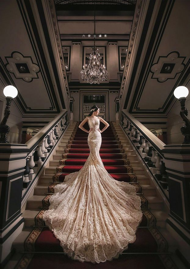 This Bride has impeccable style! Timelessly elegant bridal portrait with a hint of regal charm!