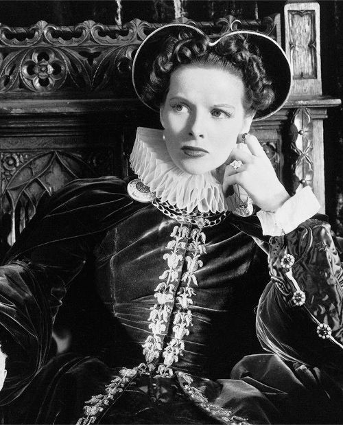 1936 - Mary of Scotland, Katharine Hepburn.   Katharine hepburn, Katherine  hepburn, Movie poster art