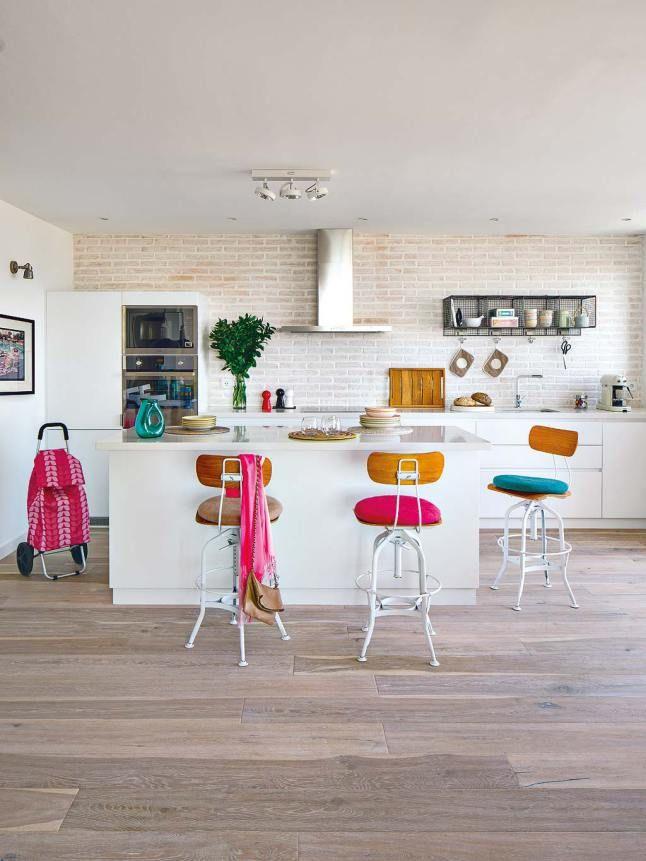 Pin By Nuria Cruz On Cocinas Attic Renovation Interior Kitchen Dinning