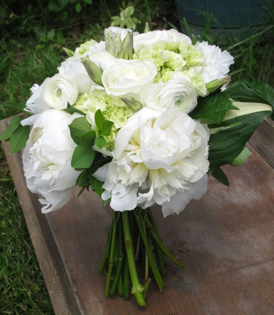 Wedding White Hydrangea: Bouquet Of White Peonies, Roses, Ranunculus, Mini Green
