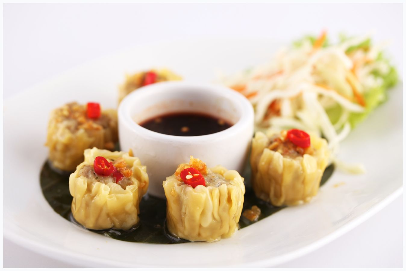 Kanom jeeb steamed chicken and shrimp dumplings with