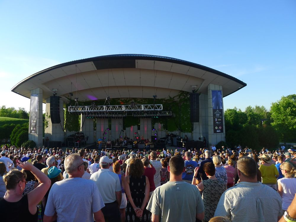 Fredrick Meijer Gardens Summer Concert Series Sheryl Crow Mid City Love Pinterest Sheryl