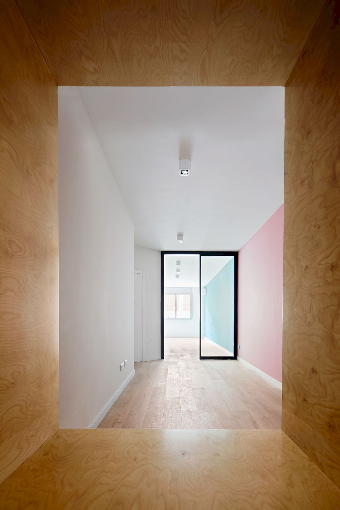 Design office space dwelling Dwelling Futuristic Corsega Apartment An Office Space Transformation Into Dwelling With Contemporary Interior architecture House Beautiful Corsega Apartment An Office Space Transformation Into Dwelling