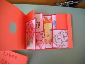 Tunnel Bambini ~ Fare i libri coi bambini u i libri tunnel places to visit