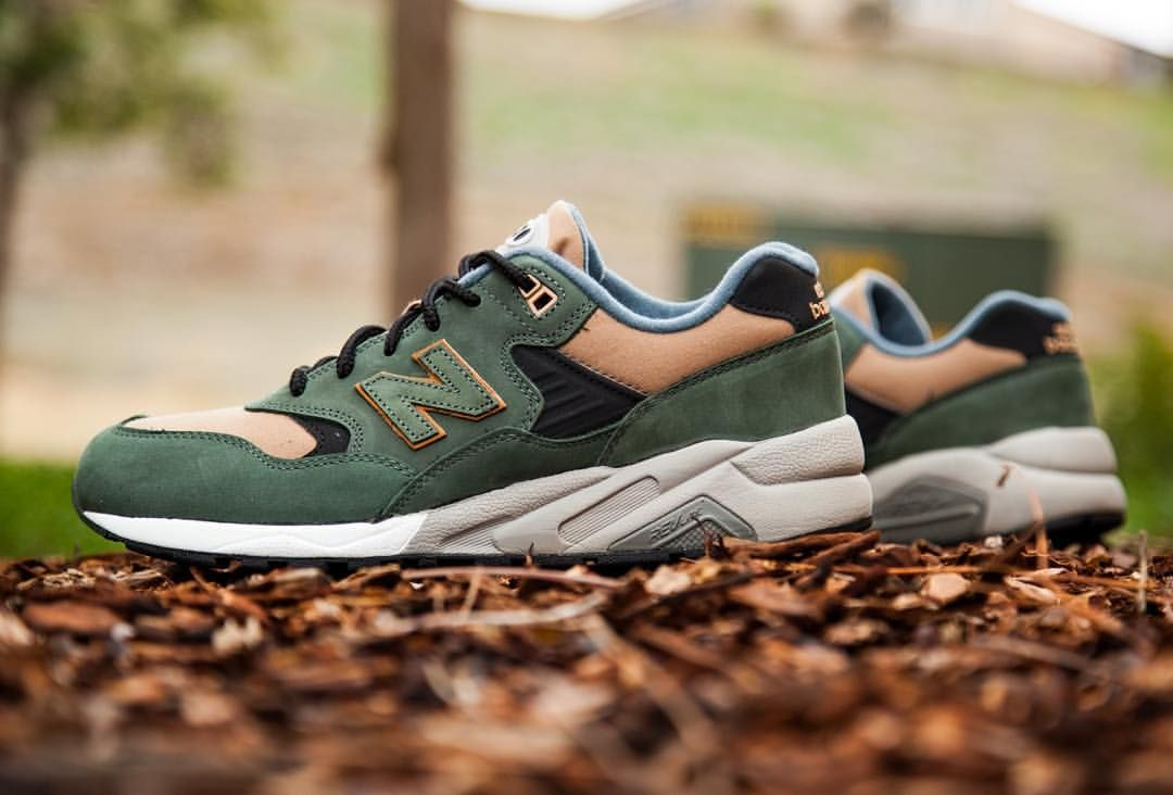 mens new balance green 580 trainers