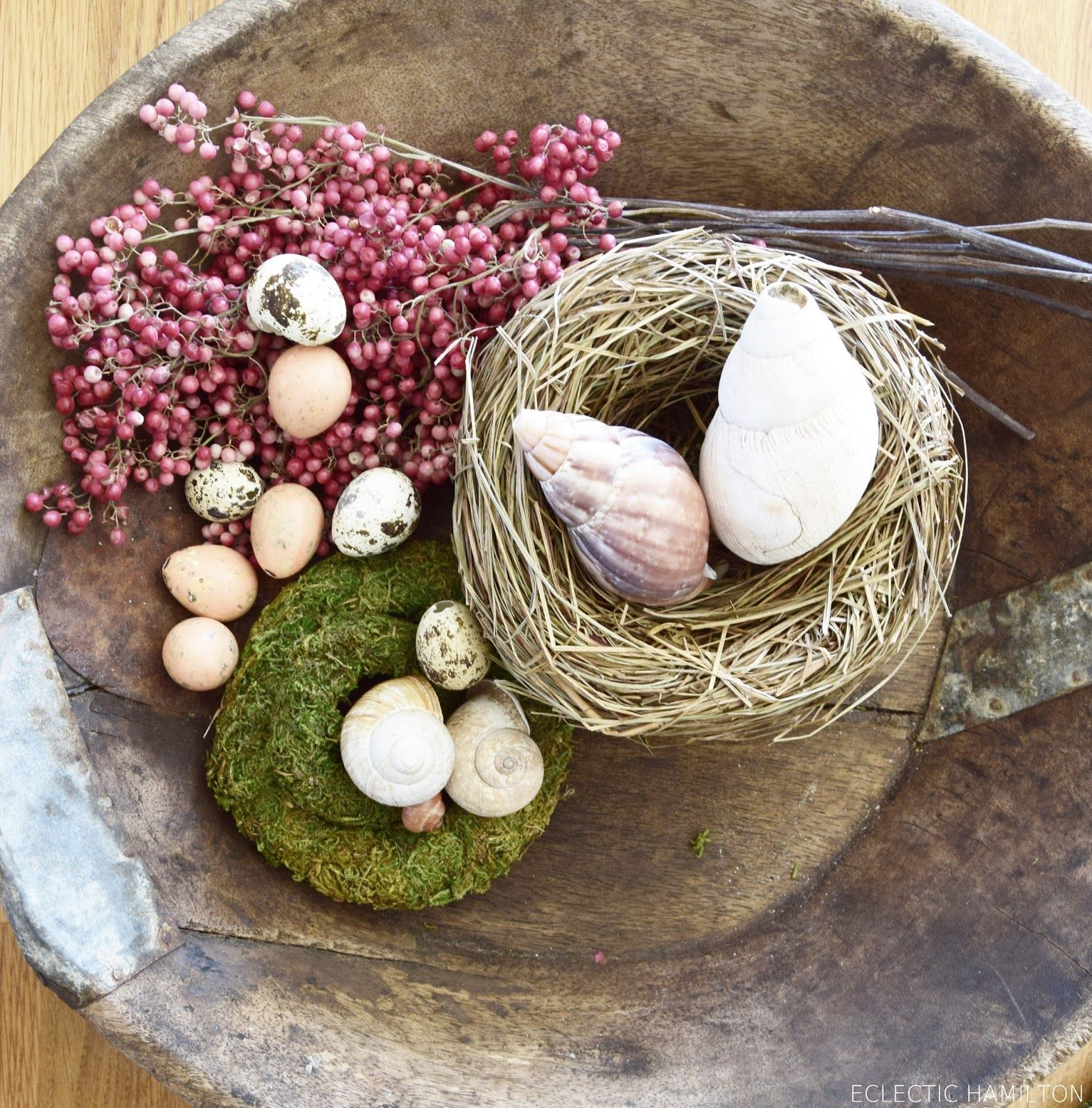 diy fr hlingsdeko f r schale holzschale tischdeko nat rlich fr hlingshafte deko eier ostern deko. Black Bedroom Furniture Sets. Home Design Ideas