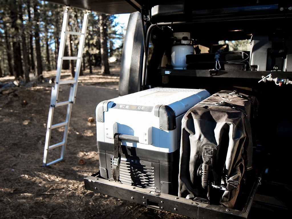 Easily access the contents of the bed of your Jeep with