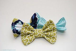DIY Hairbows with fabric....looks easy!