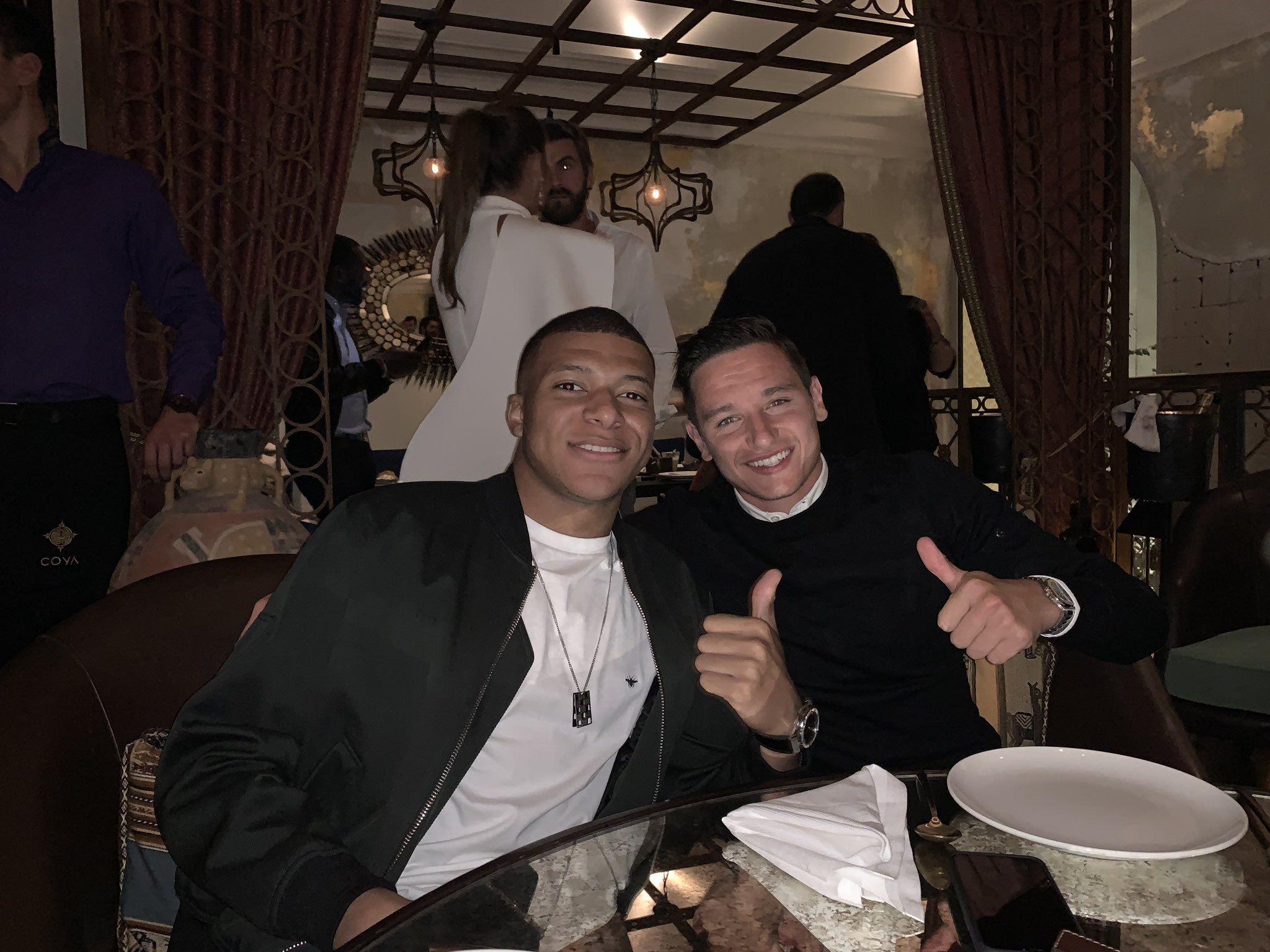 Mauro betting twitter oficial de lionel top goal scorers premier league betting predictions
