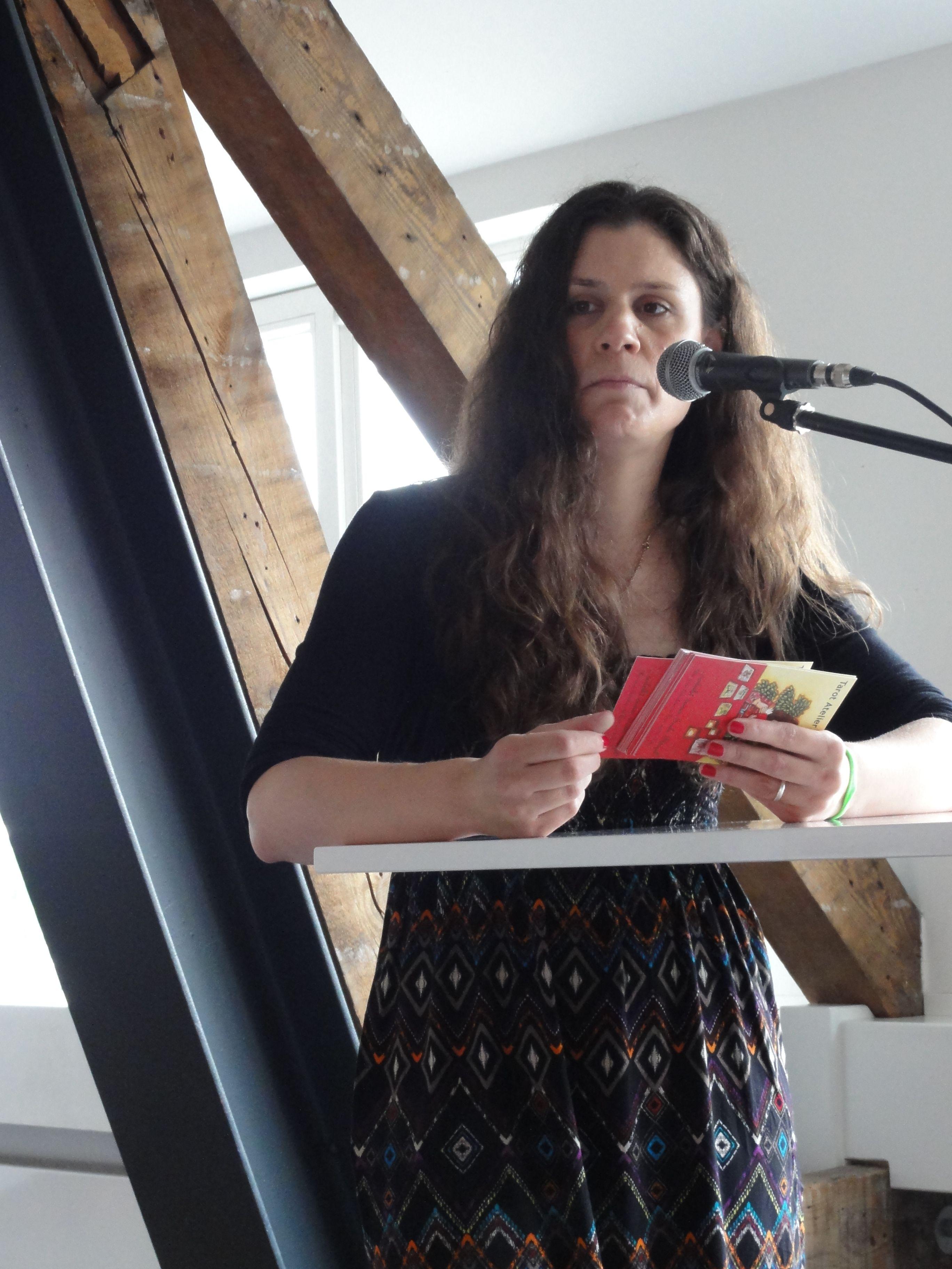 """Melani Assangni vom Tarot Atelier Köln sprach über das Thema """"Tarotberatung, Beruf der Zukunft!?"""""""