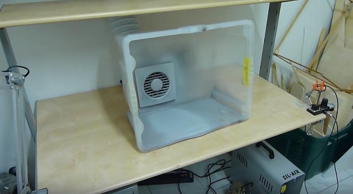 Photo of Bauen Sie eine einfache und kostengünstige Tischspraykabine Machen: