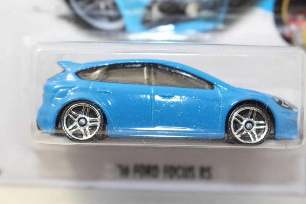 Hot Wheels 2016 Ford Focus Rs New Forza Motorsport Night Burnerz 10 10 Blue Hotwheels Ford Hot Wheels Ford Focus Rs Wheels For Sale