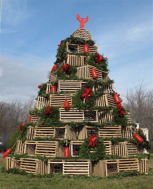 maine christmas tree completely made out of lobster traps awesomesaw it in person and this photo doesnt do it justice