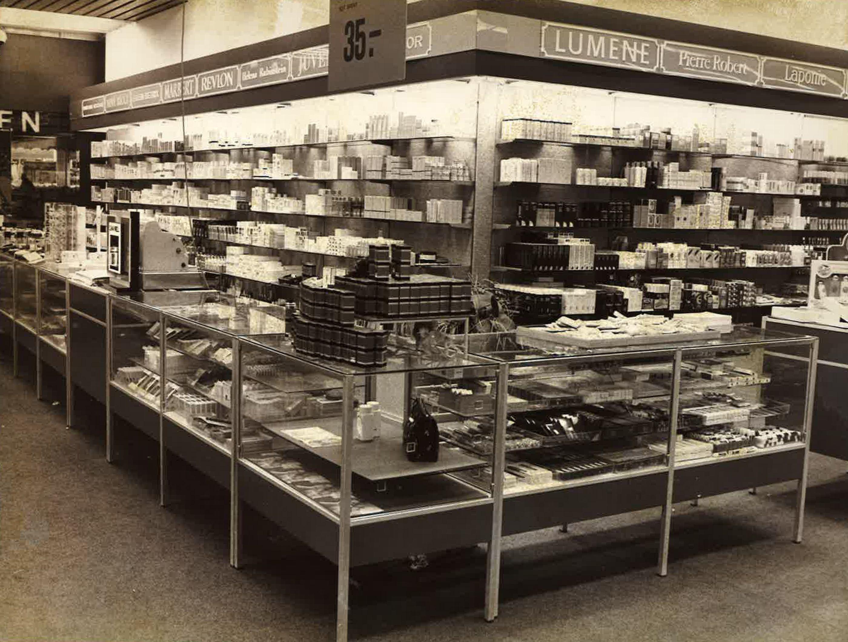 Jyväskylän Sokoksen kemikaalio-osasto vuonna 1962