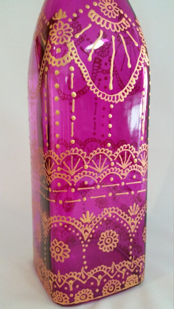 Hand painted magenta/ purple tinted glass di SketchedNEmbellished
