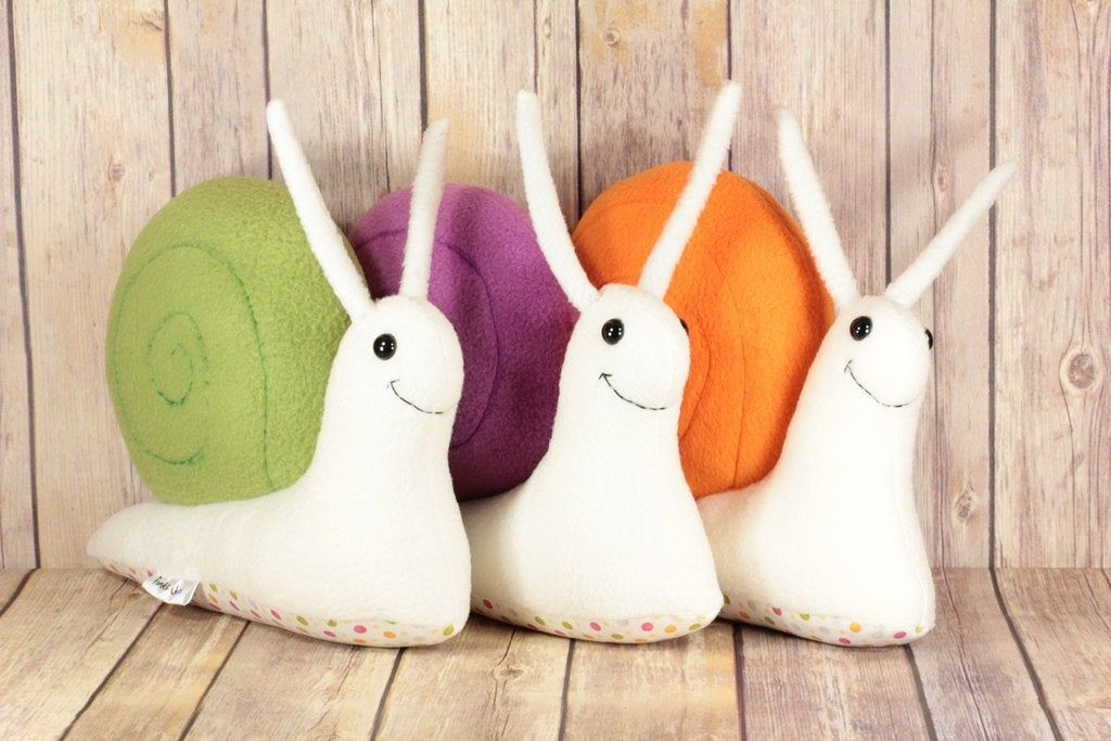 "11/"" kawaii Cartoon Snails Plush Toy Children Soft Lovely Doll Stuffed Animal"