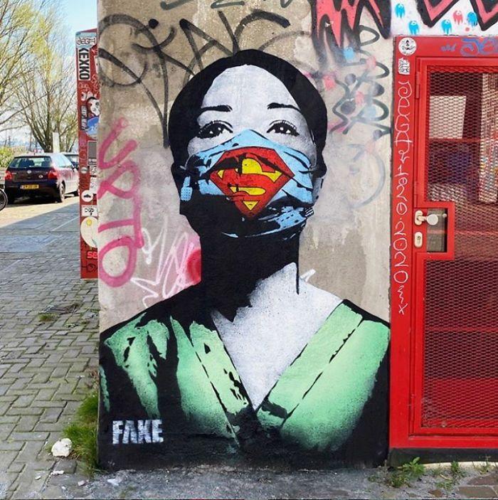 Koronavirüs Temalı 18 Sokak Sanatı Eseri - FarklıFarklı