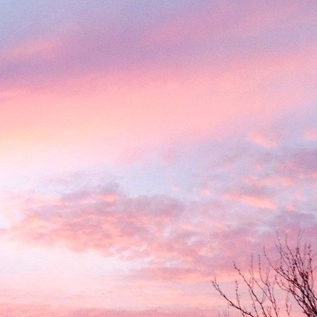 My Favorite Color Is The Sky Katefindscolor Katefindsclouds Pink Sky Sky Aesthetic Pink Aesthetic
