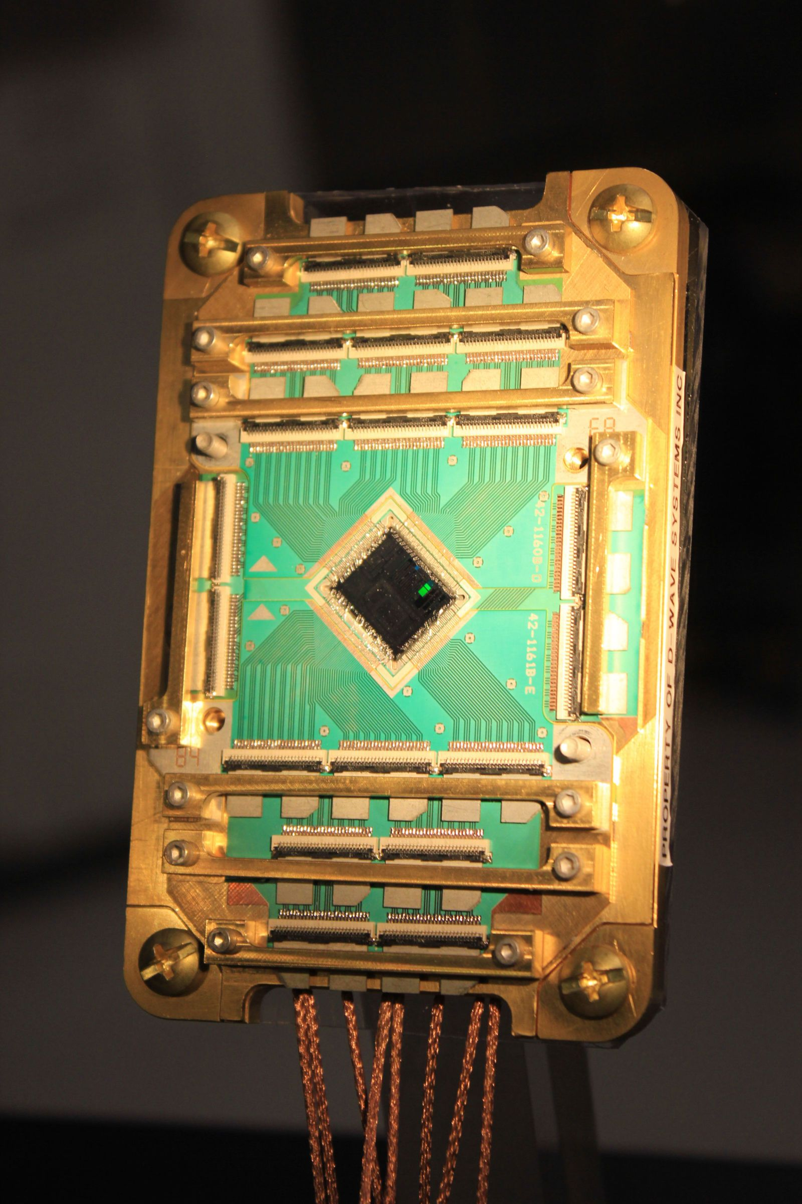 Google and NASA Say Their Quantum Computer Finally Works | D