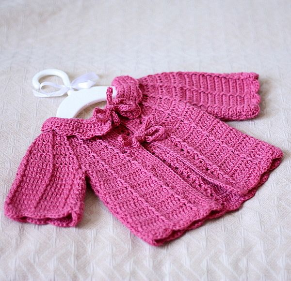 Candy Pink Baby Cardigan pattern by Mon Petit Violon | Bebe