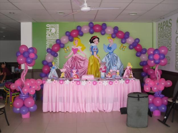 Decoraci n en globos para fiesta de princesas imagui for Decoracion de princesas