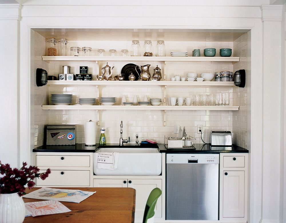 Display the silver beside the dishes #domino #kitchen #subwaytile