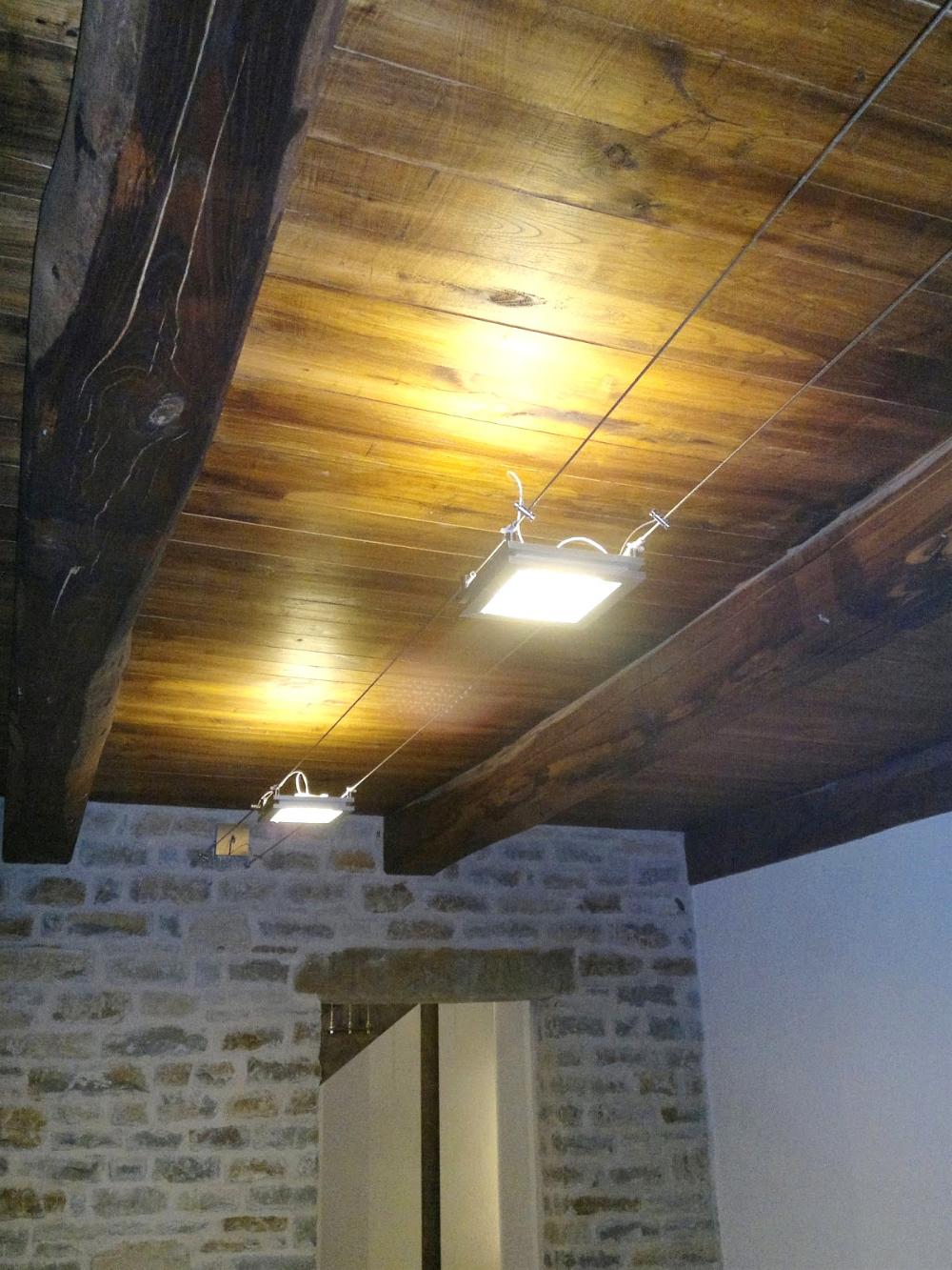 Led Travi A Vista Illuminazione Per Soffitto Con In Legno ...