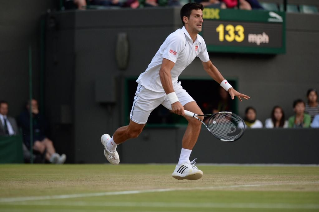 Anderson holds with a big forehand winner and now Djokovic - leading 5-4 - will serve for the fourth set #ManicMonday. Wimbledon 2015