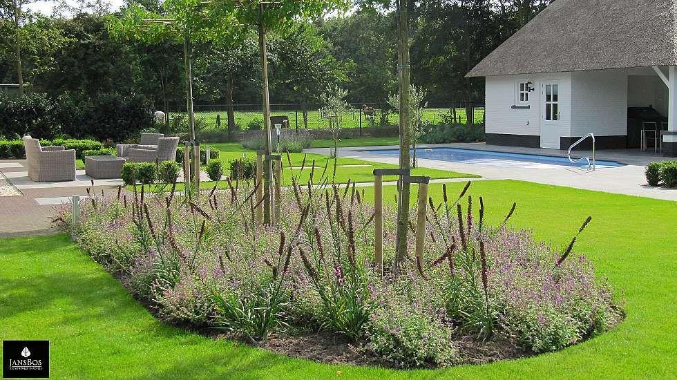 Teo van horssen tuinontwerp zwembad landelijke tuin terras loungehoek grote tuin pinterest - Terras teak zwembad ...