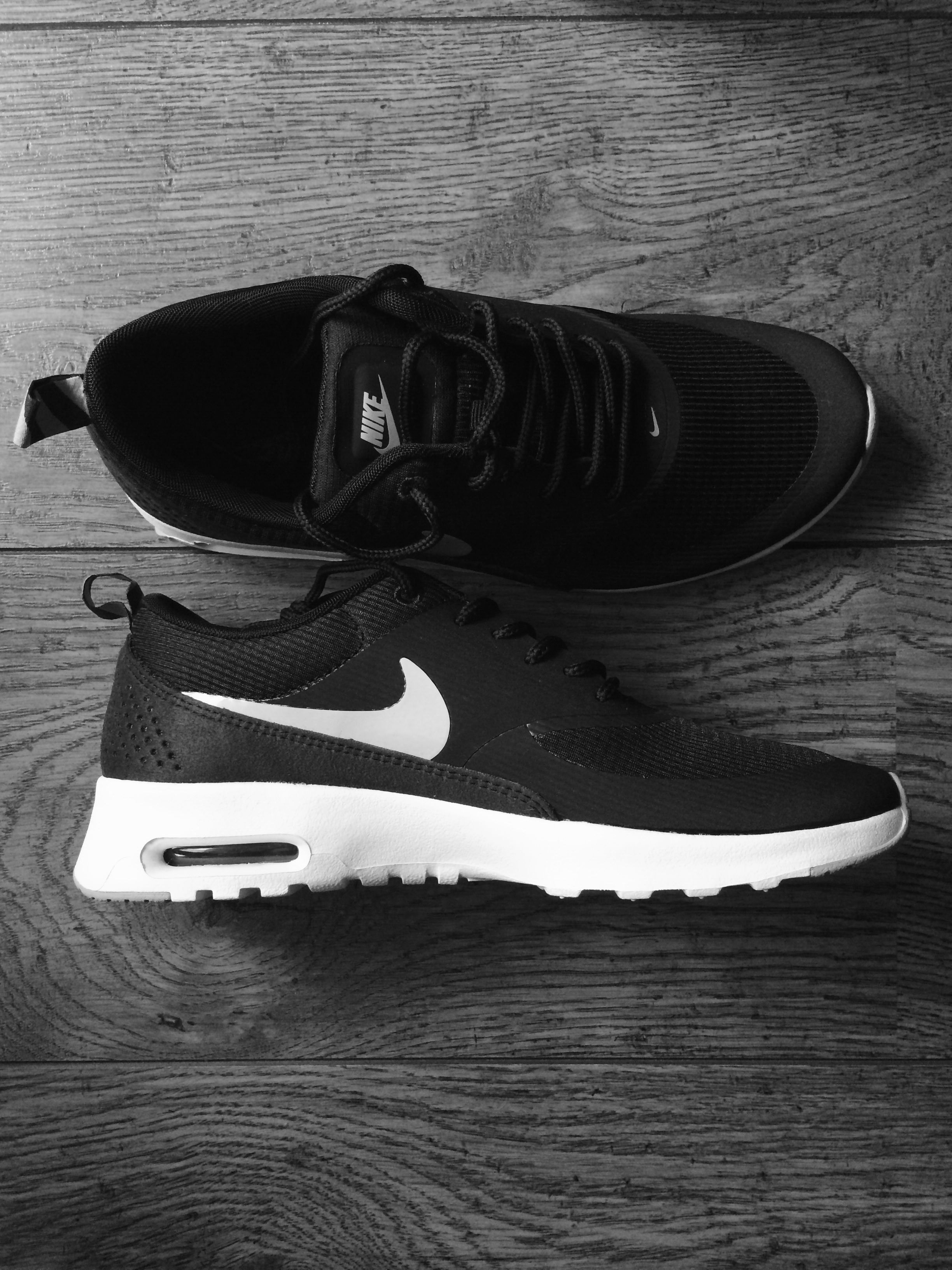 cffeaa0a1b Nike Airmax Thea : thank god my mum bought them for me she is a legend !!!!  these shoes are heapssss popular at the moment and every girl wants them.