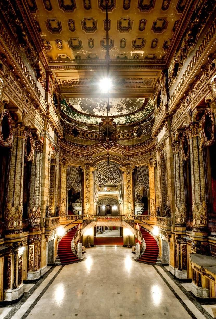 The Uptown Theater Chicago - A theater for all time. More in ...