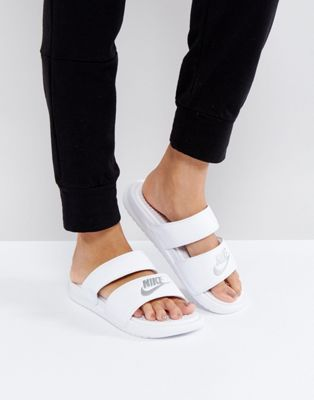 d305be5b8 Nike Benassi Duo Logo Slider Sandals In White