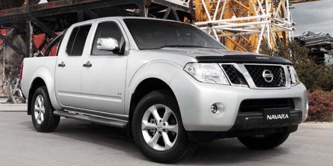 تنتمي سيارة نيسان نافارا 2014 Nissan Navara اليابانية الصنع إلي عائلة سيارات البيك اب تتوفر السيارة في السعودية غمارة وغمار Nissan Navara Nissan Asian Market