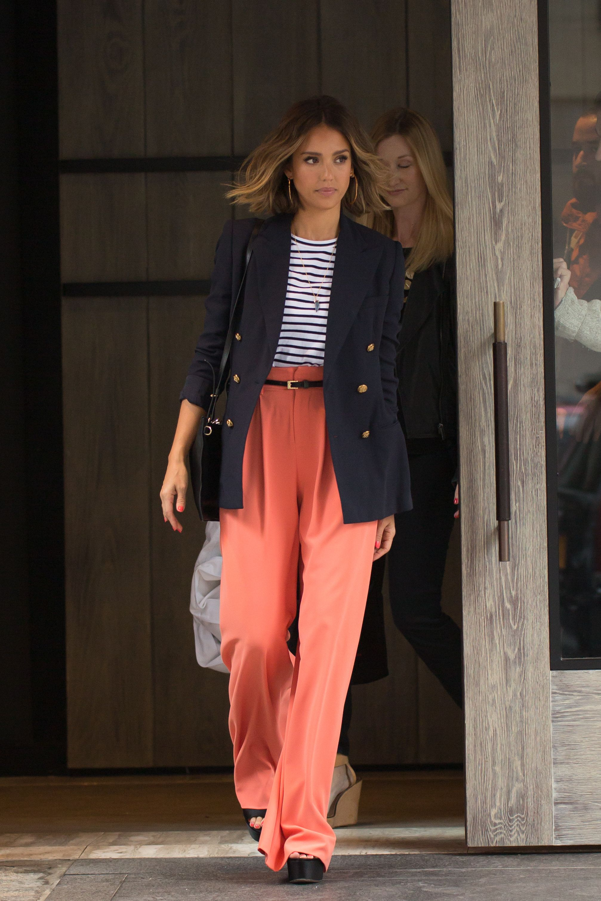Have to Have It: Jessica Alba's Coral Wide-Leg Trousers | Trousers ...