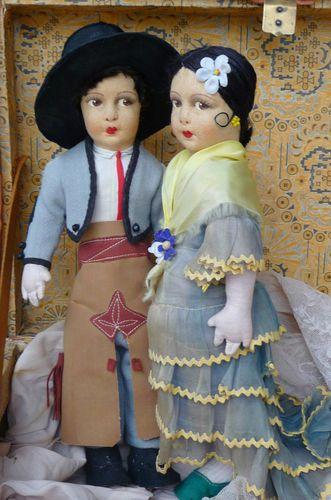 Pair Spanish Cloth Felt Dolls