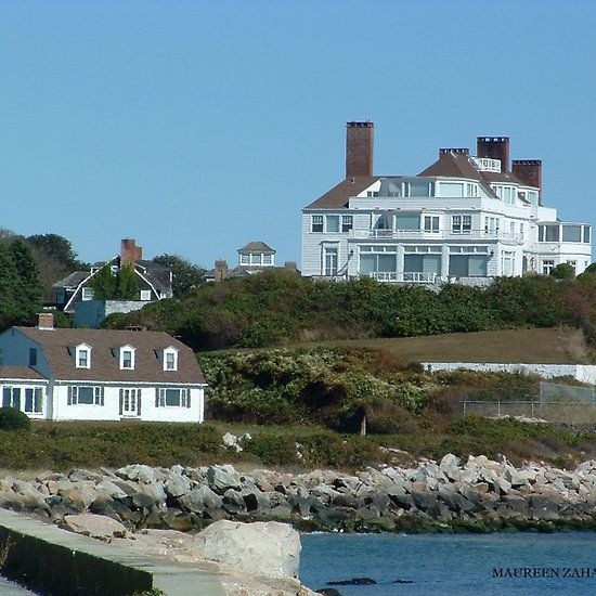 harkness taylor swift 39 s house in watch hill ri mo 39 s. Black Bedroom Furniture Sets. Home Design Ideas