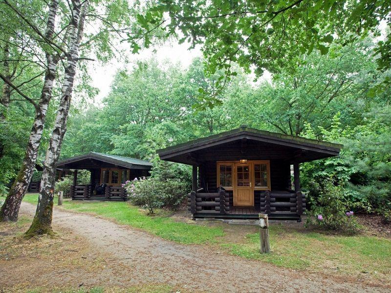 Knus houten huisje voor twee. Overnachten, Houten