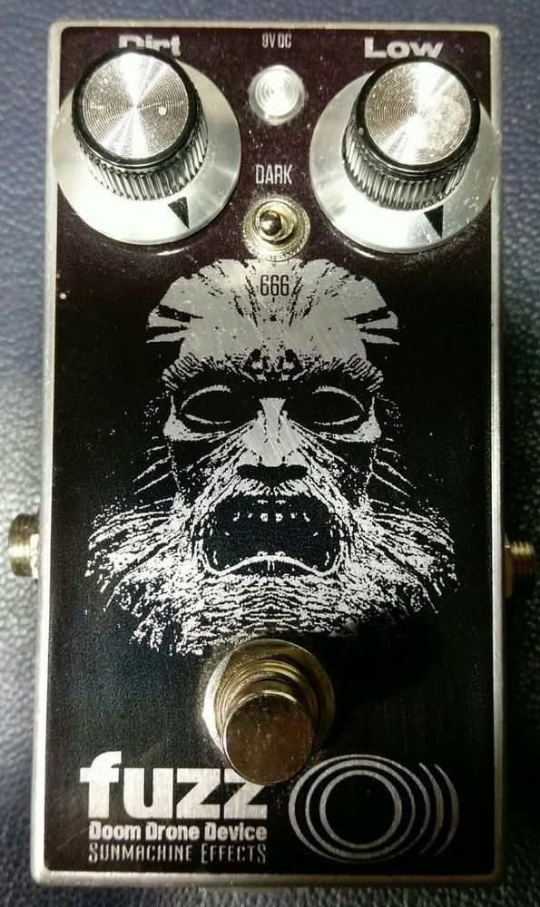 sunmachine effects fuzz o doom drone device sunn preamp pedal meathead rare bass guitar. Black Bedroom Furniture Sets. Home Design Ideas